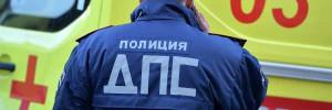 Микроавтобус с пассажирами врезался в фонарный столб в Москве