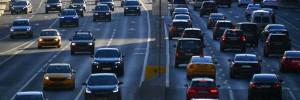 На Хорошевском шоссе в Москве перекрыты две полосы из-за обвала грунта
