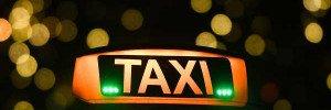 В Москве пассажиры избили таксиста и угнали машину