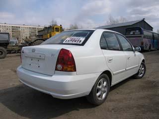 Автомобиль HYUNDAI VERNA 2002